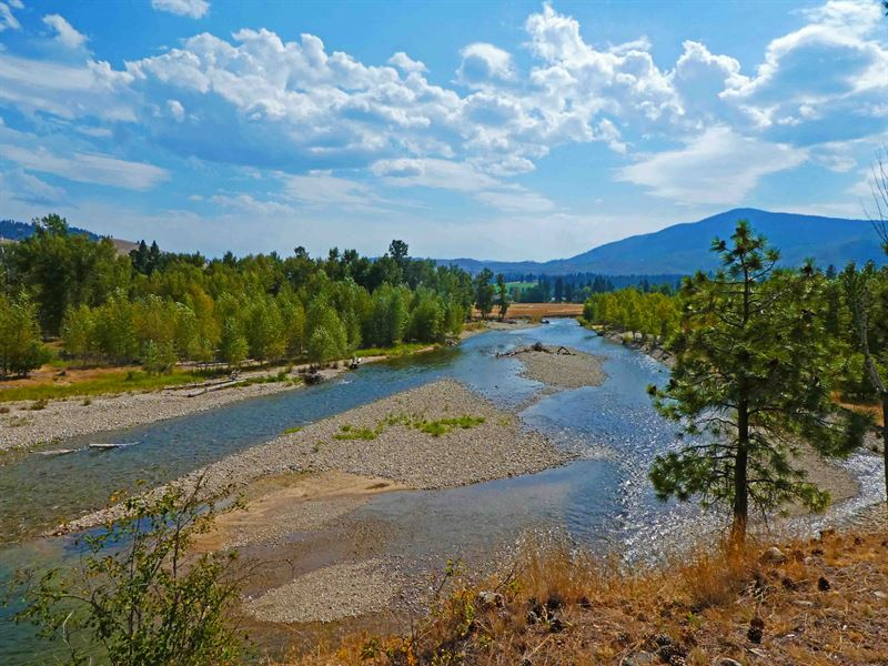Montana Log Home, 1/2 Mile Of Rive : Darby : Ravalli County : Montana