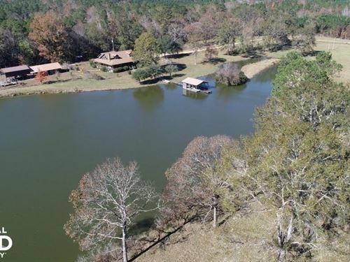 Deer Park Lake, Lodge, Trophy Hunti : Deer Park : Washington County : Alabama