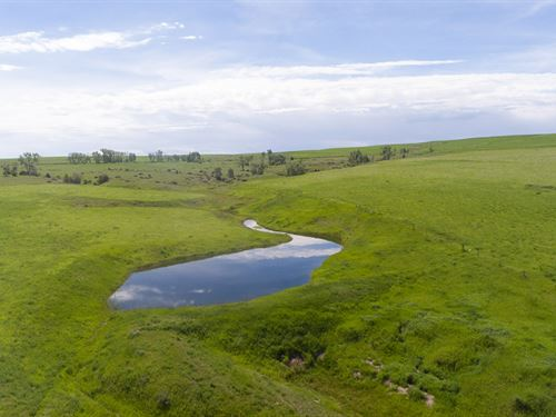 Highline Road Ranch : Roberts : Carbon County : Montana