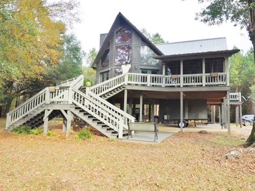 Bogue Chitto Riverfront Cabin : Tylertown : Walthall County : Mississippi