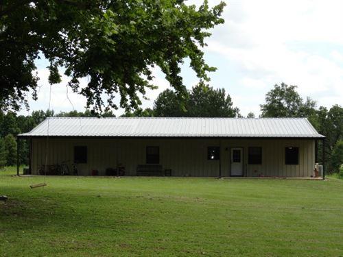East Texas Country Home & Acreage : Alto : Cherokee County : Texas