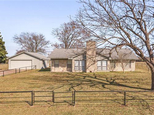 24245 County Road 114 : Iola : Grimes County : Texas