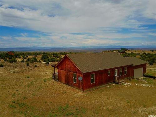 Single-Level Country Home 5 Acres : Duchesne : Utah