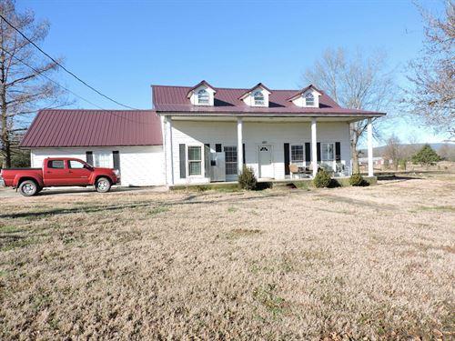 Country Farm Home 4 Bedrooms : Waldron : Scott County : Arkansas