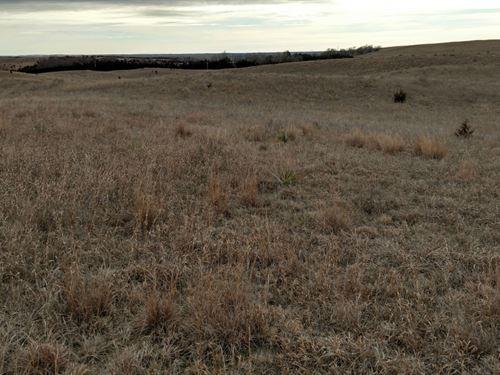 Twin Lakes Road 69 : North Platte : Lincoln County : Nebraska