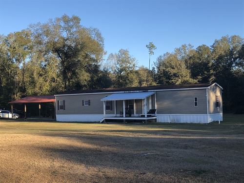 Beautiful 3Br/2Ba Home Fort White : Fort White : Columbia County : Florida