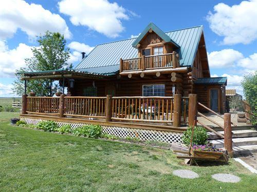 Custom Built Log Home 160 Acres : Burns : Harney County : Oregon