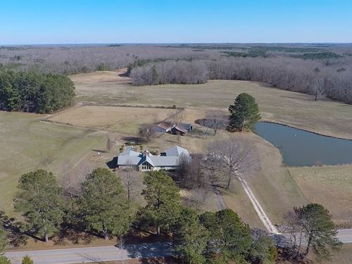 Beautiful Home With Pond 88 Acres : Mansfield : Henry County : Tennessee