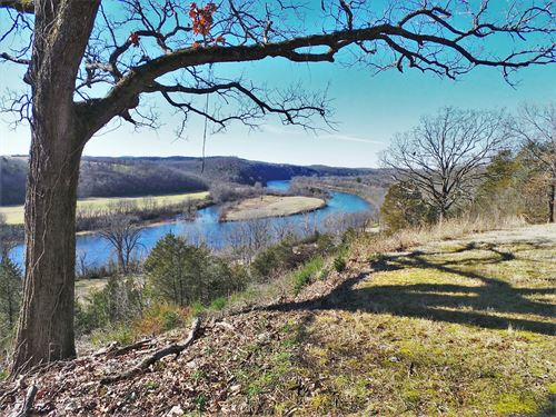 Overlooks White River Town Cotter : Cotter : Baxter County : Arkansas
