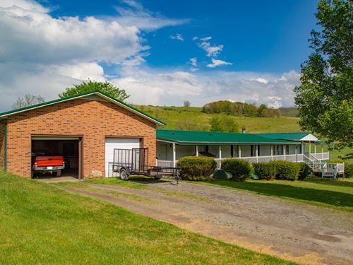 Doublewide Mini Farm Thompson : Tazewell : Virginia