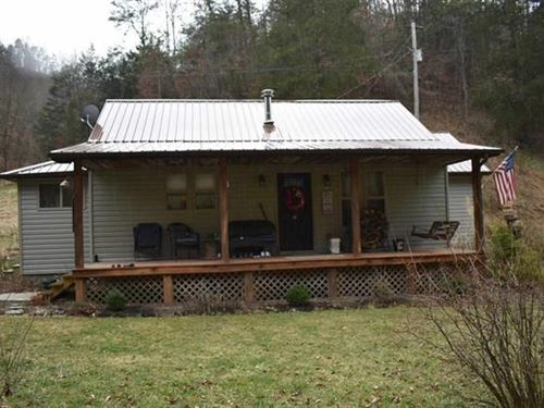Charming 3 Br/2 BA Bungalow Style : Sneedville : Hancock County : Tennessee
