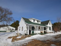 Farmhouse in Passadumkeag, Maine : Passadumkeag : Penobscot County : Maine