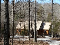 Creek Home And 12 Acres : Mountain View : Stone County : Arkansas