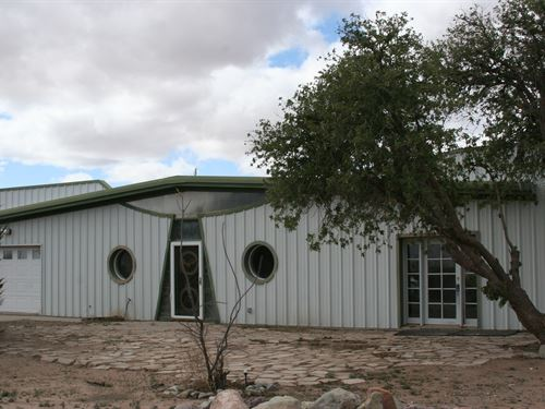Unique Property With Mountain Views : Deming : Luna County : New Mexico