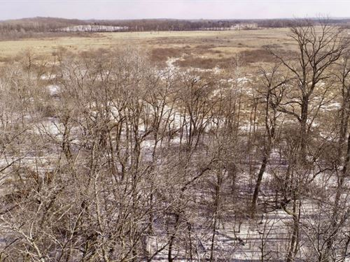 Ultimate Hunting Property Minutes : Sullivan : Jefferson County : Wisconsin