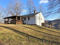 Residence With Magnificent Views : Troutville : Roanoke County : Virginia