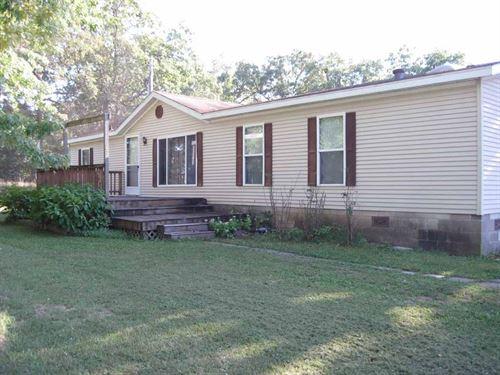 Hobby Farm That Will Pass an Fha : Salem : Dent County : Missouri