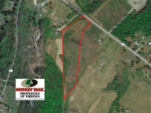 6.6 Acres of Residential Land For : Smithfield : Surry County : Virginia