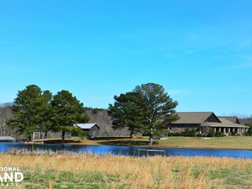 Rock Creek Equestrian Estate With : Danville : Lawrence County : Alabama