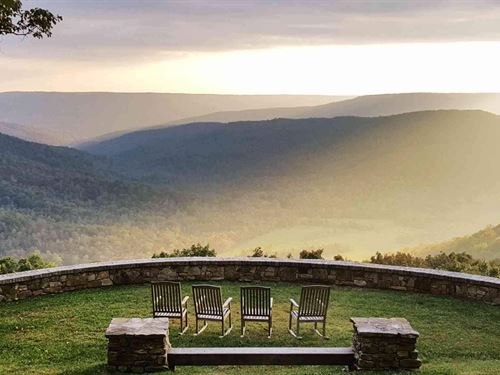 Stunning Mountain Home : Sewanee : Franklin County : Tennessee