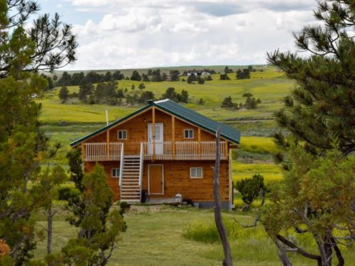 Timber Frame On Sunshine Trail : Roundup : Musselshell County : Montana