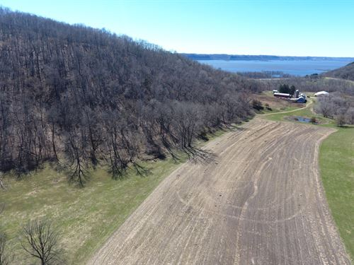 Hunting/Recreational Farm : Ferryville : Crawford County : Wisconsin