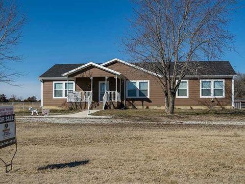 Circle N Ranch, 10 Acres With 4 : Elk Falls : Elk County : Kansas