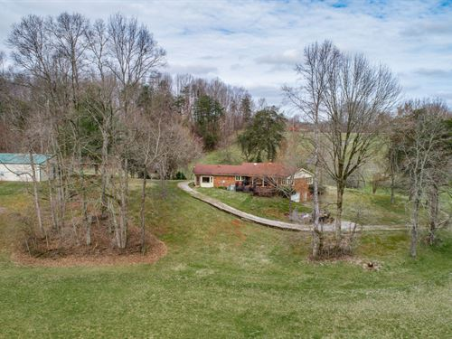 92.60 Ac Farm, Brick Hm, Polebarn : Celina : Clay County : Tennessee