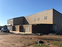 6,200+/- Sf Light Ind / Office Bldg : Hempstead : Waller County : Texas