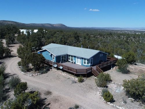 Off-Grid Home Good Access, Private : Seligman : Yavapai County : Arizona