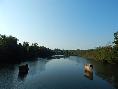 The Big Lake Lot, Reduced : Toccoa : Stephens County : Georgia