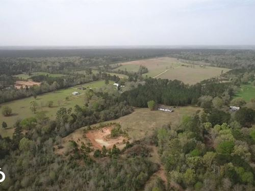 Recreational Retreat / Ranch : Coldspring : San Jacinto County : Texas