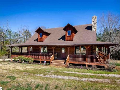 Beautiful Farm With Mountain Views : Greenville : South Carolina