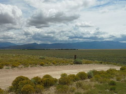Gorgeous Ranching Land : Eastdale : Costilla County : Colorado
