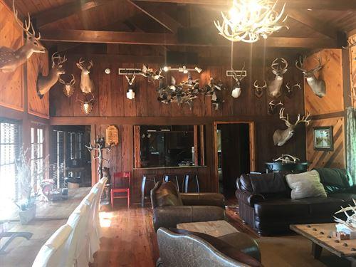 Land Of The Lakes Plantation : Ville Platte : Evangeline Parish : Louisiana