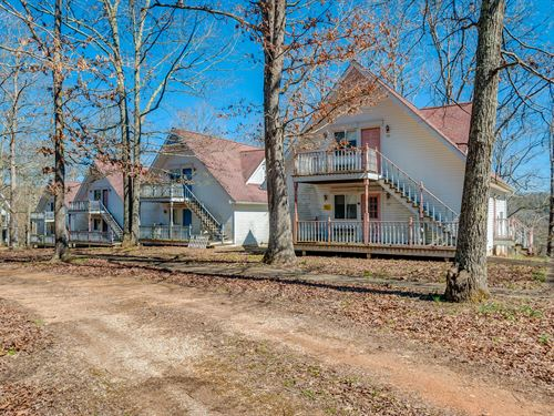 85 Acre Retreat : Hohenwald : Lewis County : Tennessee
