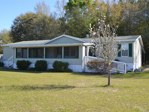 10 Gorgeous Acres Mobile Home : Live Oak : Suwannee County : Florida