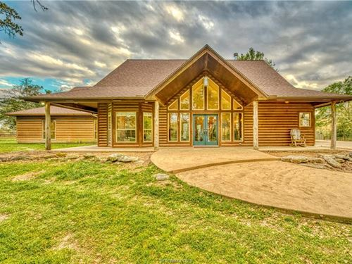 Home On 7+ Acres Csisd With Pool : College Station : Brazos County : Texas
