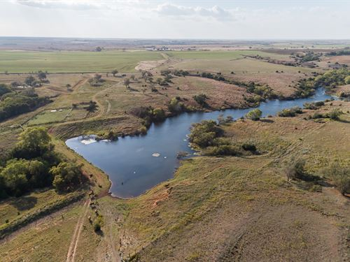 Oklahoma Hunting, Fishing & Ranch : Butler : Custer County : Oklahoma