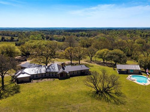Country Home With Acreage : Montalba : Anderson County : Texas