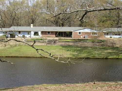 11.8 Acres With A Home In Desoto CO : Hernando : Desoto County : Mississippi