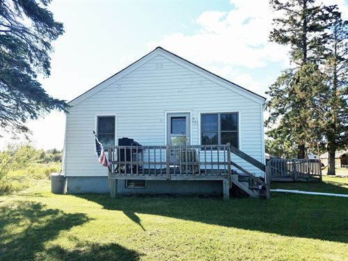Outdoor Lovers, Rejoice : International Falls : Koochiching County : Minnesota