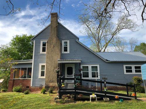 Beautiful Historic Farm : Waverly : Tallapoosa County : Alabama