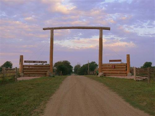 Missouri River Ranch : Springfield : Bon Homme County : South Dakota