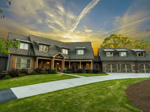 The Lodge At Flynt Haven : Lawrenceville : Gwinnett County : Georgia