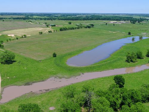 Prime River Front Ranch : Rockdale : Milam County : Texas