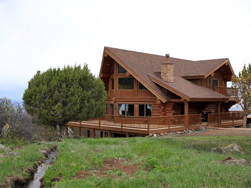 Log Home, Borders Blm, Irrigated : Molina : Mesa County : Colorado