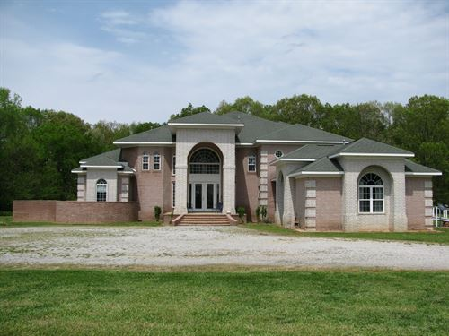 Luxury Country Home Acreage TN : Whiteville : Hardeman County : Tennessee