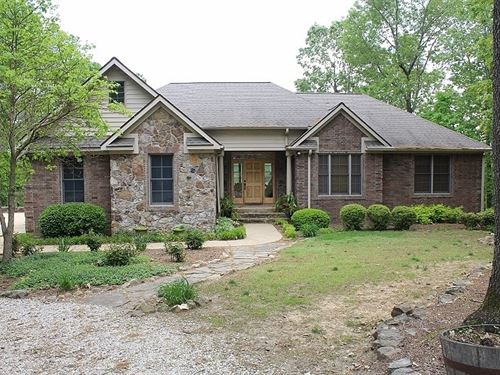 Spacious Country Home With a View : Mountain View : Stone County : Arkansas