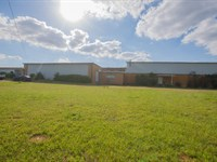 Absolute Auction, Tx Commercial Re : Palestine : Anderson County : Texas
